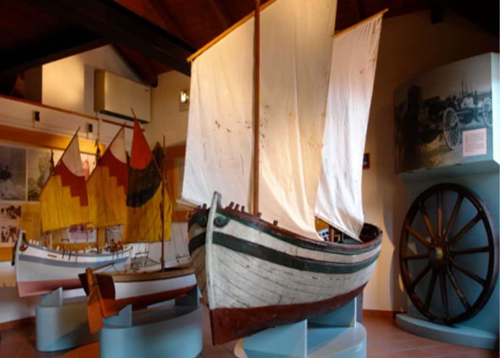 Antiche imbarcazioni al Museo  di Cattolica