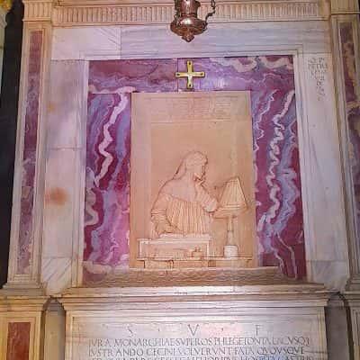 Tomba con lapide marmo di Dante Ravenna